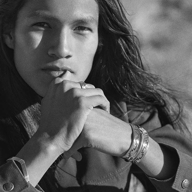 A beautiful duo for this spring weather!  Our Bluff cuff with a diamond shaped Blue Moon turquoise in 925 sterling silver and the Neshkai cuff in high polished 925 sterling silver with line details... . . . . #dinehjewelry #silverbracelet #mensjewelry #authentic #navajo #diné #statementbracelet #blackandwhitephotography #mensfashion #rawelegance #showmeyourbracelets #mensstyle #unisexjewelry #luxurysilver #qualityoverquantity #heirloom #nativemodel #outdoorsman #bluemoonturquoise #turquoisejewelry #southwestchic #nativeownedbusiness #jewelrydesigner #nativeamericanjewelry #modernshapes #traditional #bijouxhomme #jewellerylove
