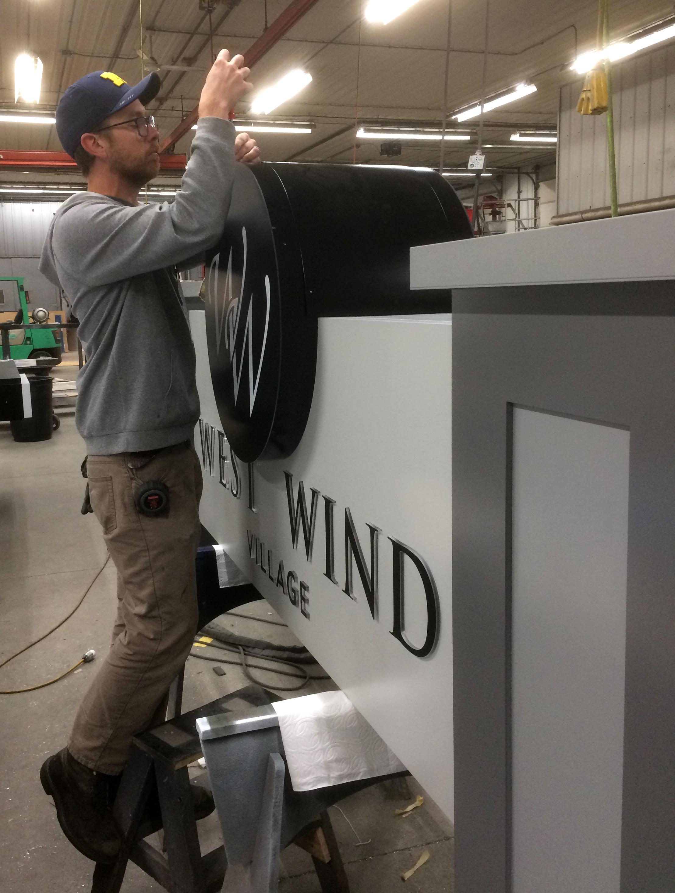 Ross - Westwind.JPG