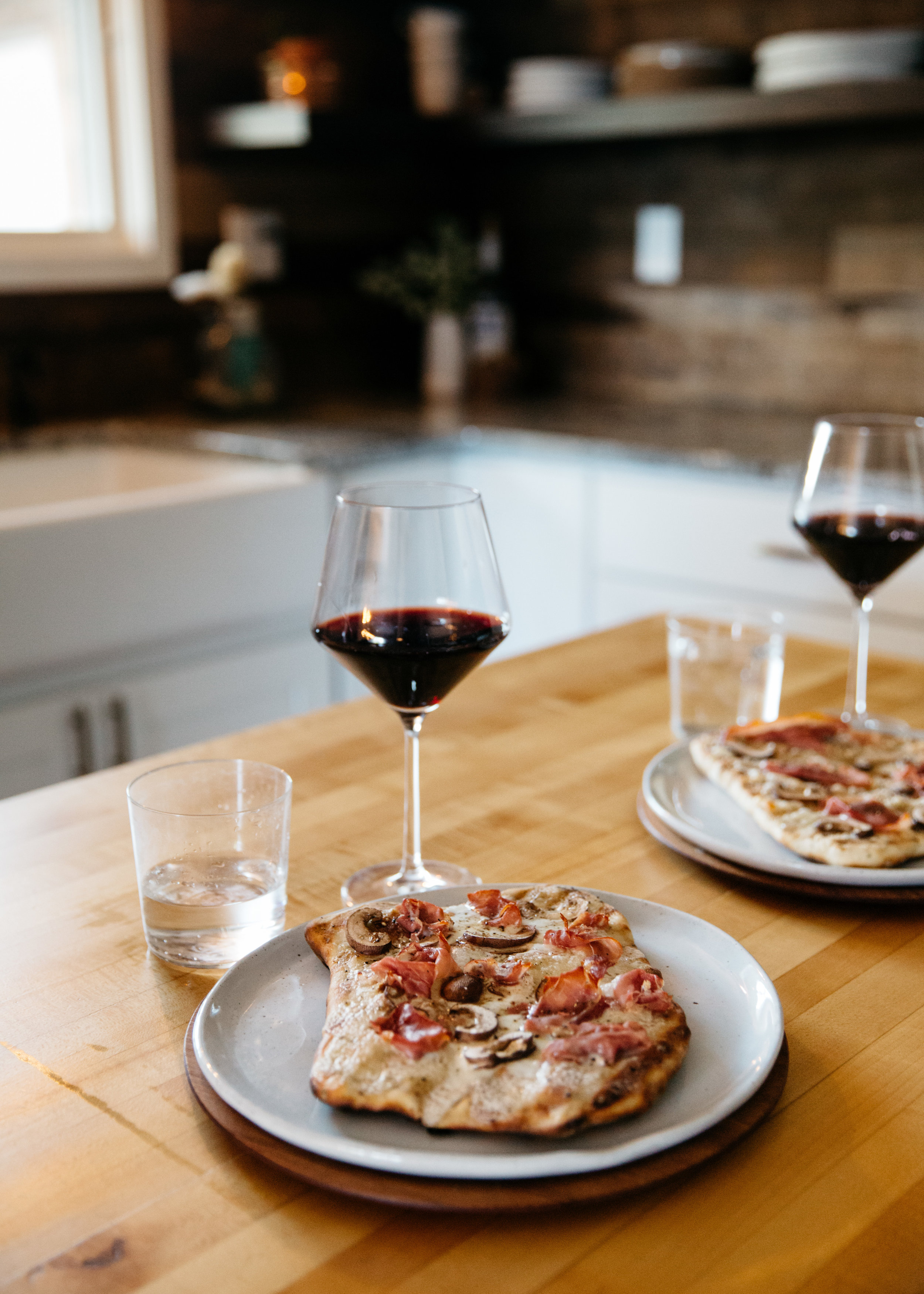 grilled-pizza-recipe-leah-behr-fortitude-and-finn-48.jpg