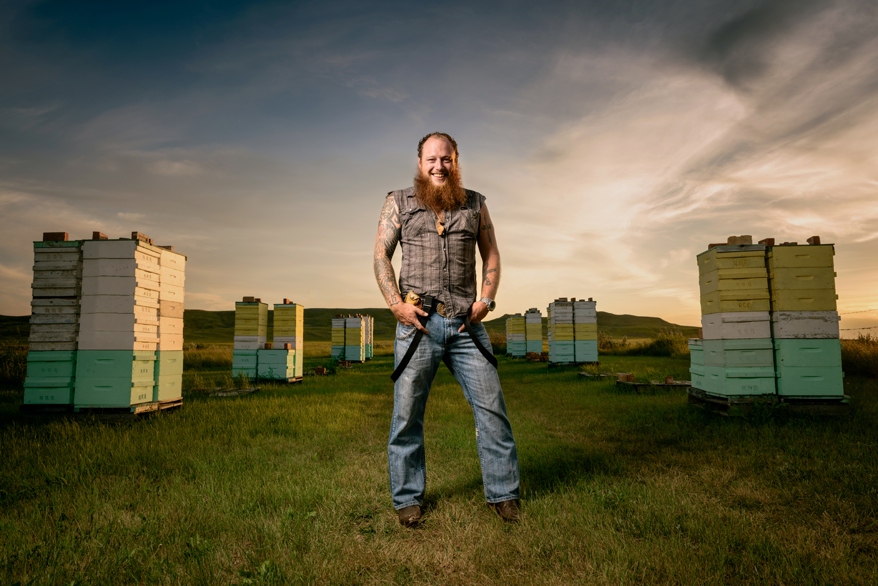 Jon_Reynolds_Bee_Keeper_Saskatchewan_01