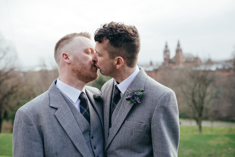 Glasgow-university-gay-wedding0041.jpg