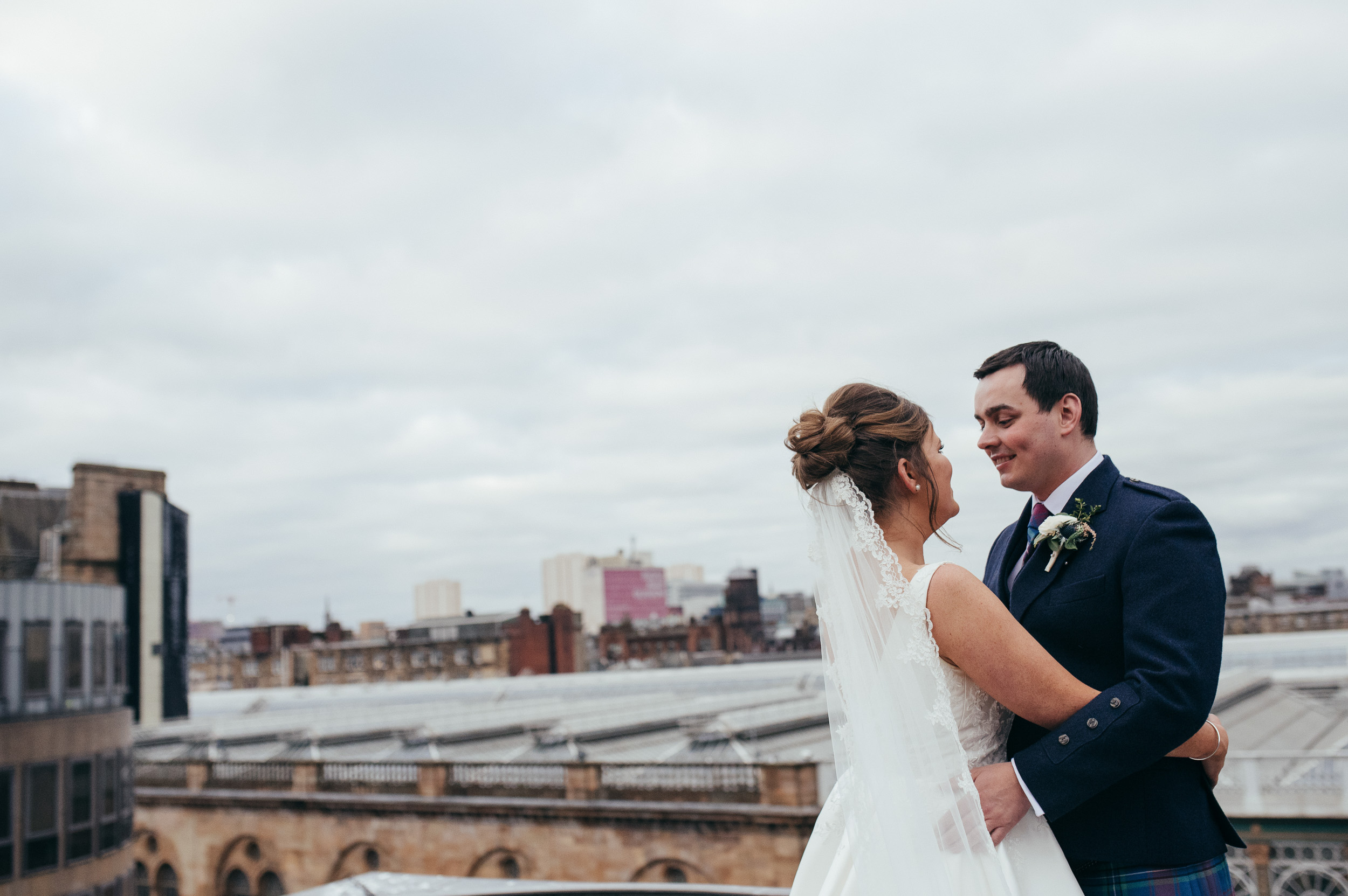 Roof top wedding Radisson Blu Glasgow