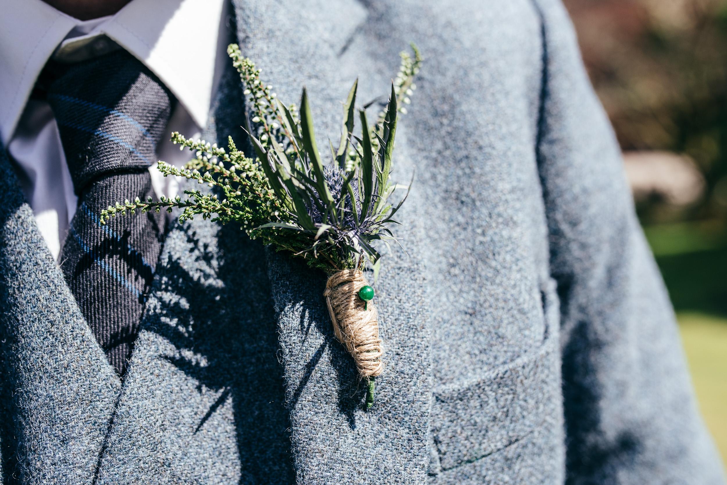Button hole wedding