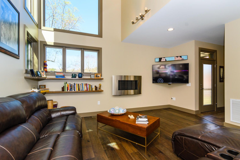 44 Druid Dr Asheville NC 28806-large-009-25-Living Room-1500x1000-72dpi.jpg