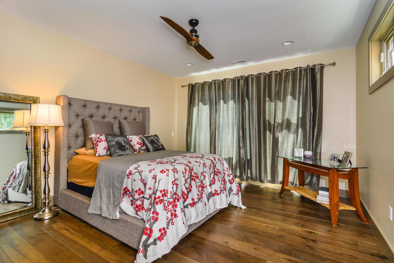 44 Druid Dr Asheville NC 28806-large-020-16-Master Bedroom-1500x1000-72dpi.jpg
