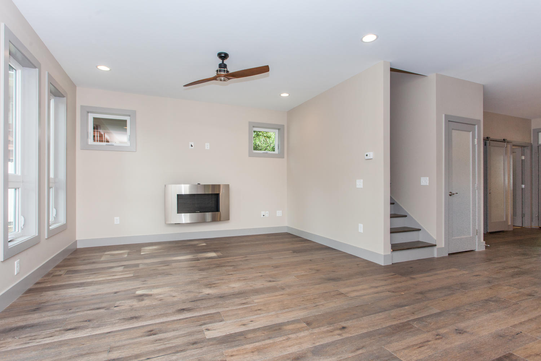 84 Middlemont Ave Asheville NC-large-004-1-Living Room-1500x1000-72dpi.jpg