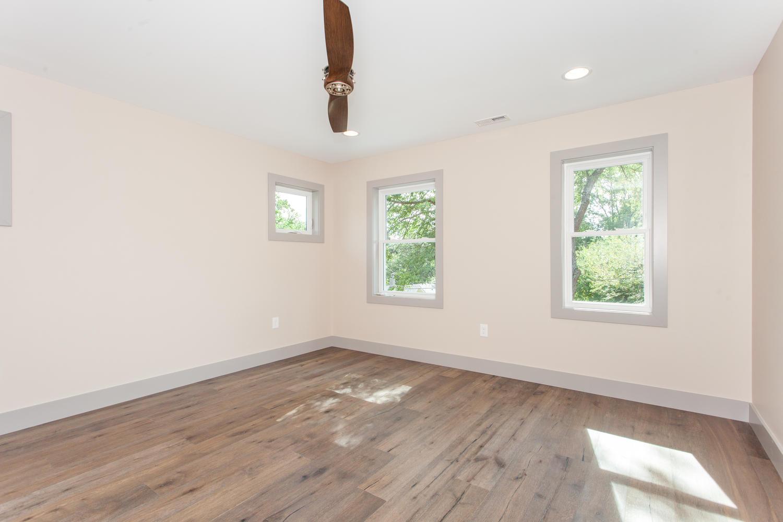 84 Middlemont Ave Asheville NC-large-016-18-Master Bedroom-1500x1000-72dpi.jpg