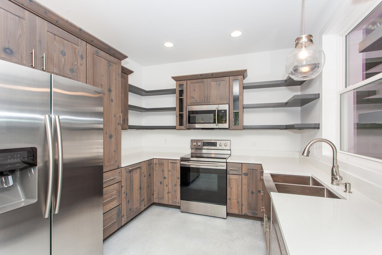 29 Lundy Ln Waynesville NC-large-013-12-Kitchen-1499x1000-72dpi.jpg
