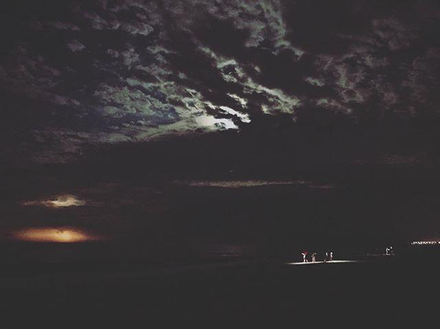 all enjoying lightning