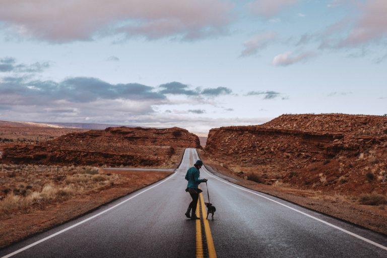 arizona-utah-photography-adventures-teri-b-photographer-travel-personal-monumen-valley-antelope-23-768x511.jpg