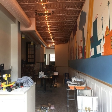Get a Sneak Peak of Trapeze Champagne Bar - MSP Magazine September 7, 2017