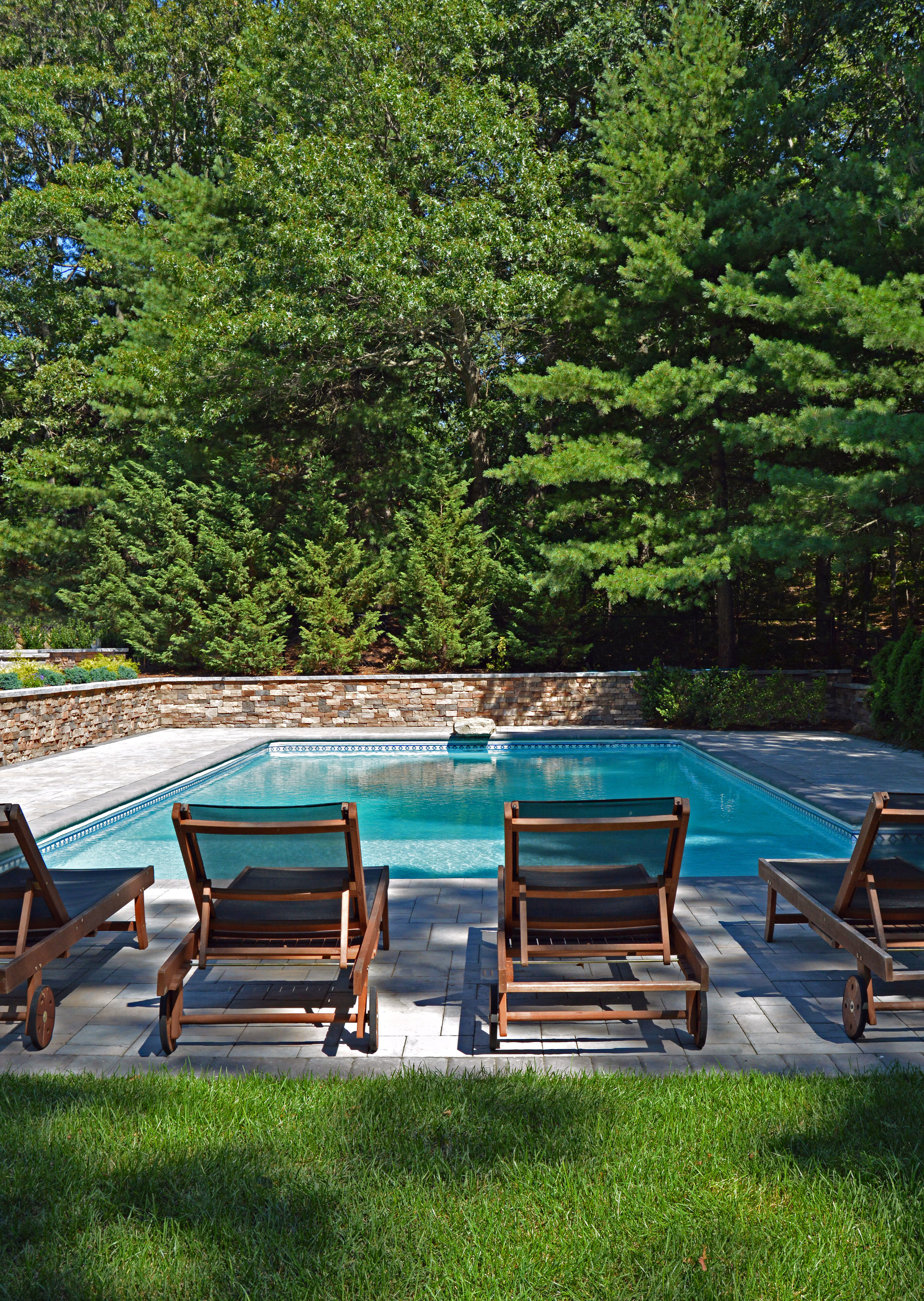 rectangular swimming pool design in Smithtown, NY