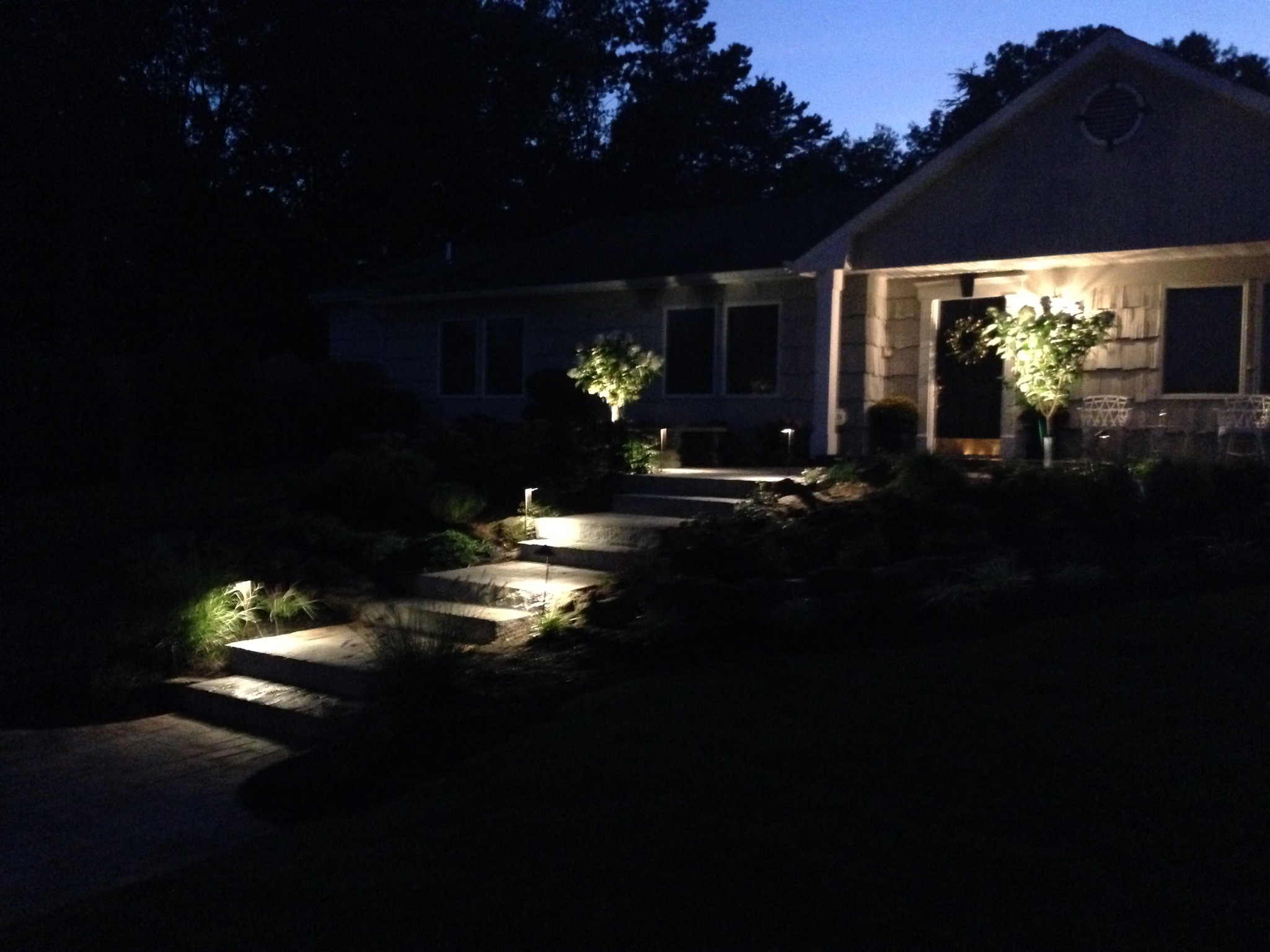 Smithtown, NY outdoor lighting at a front entrance and steps