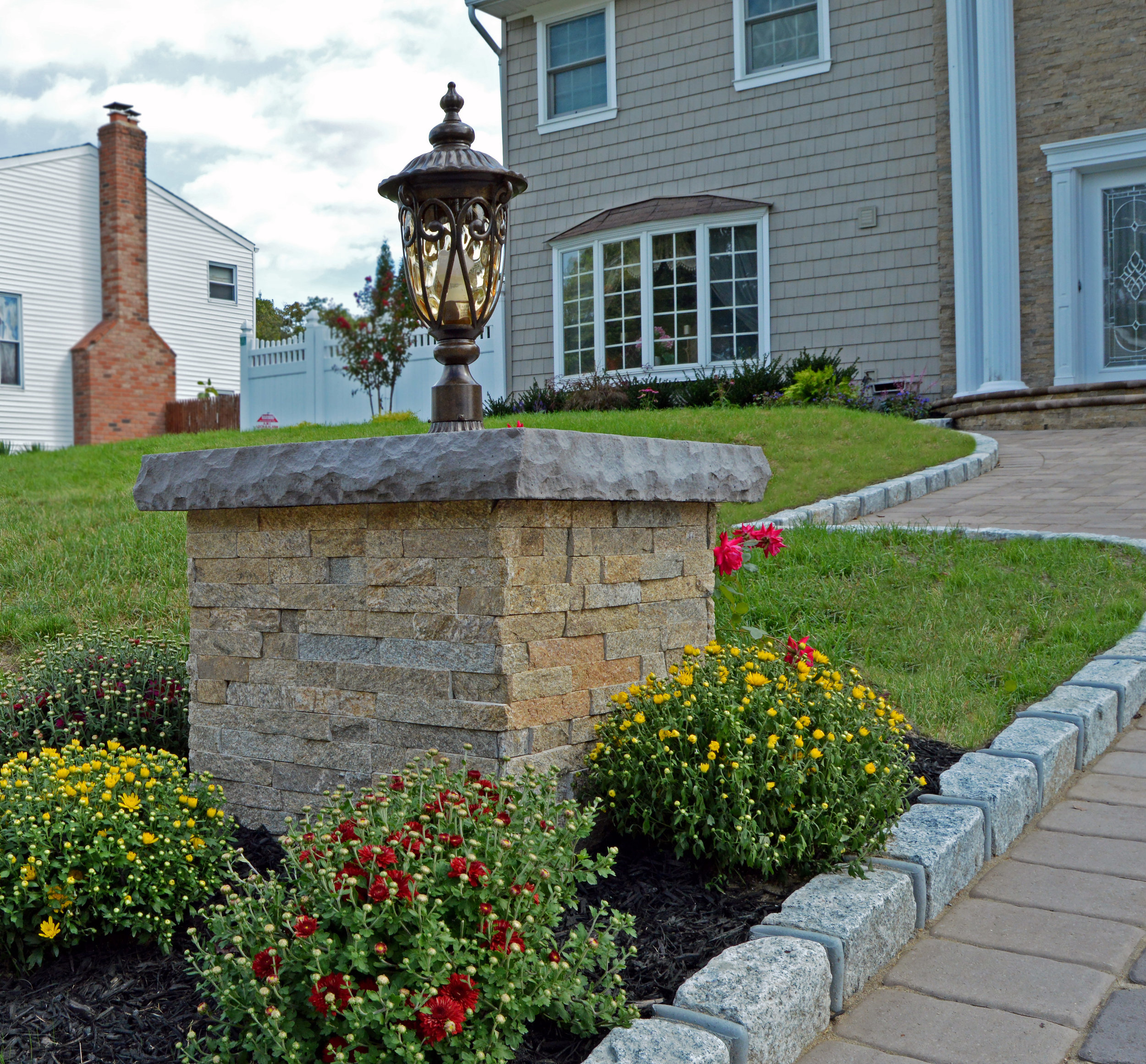 Smithtown, NY landscape lighting