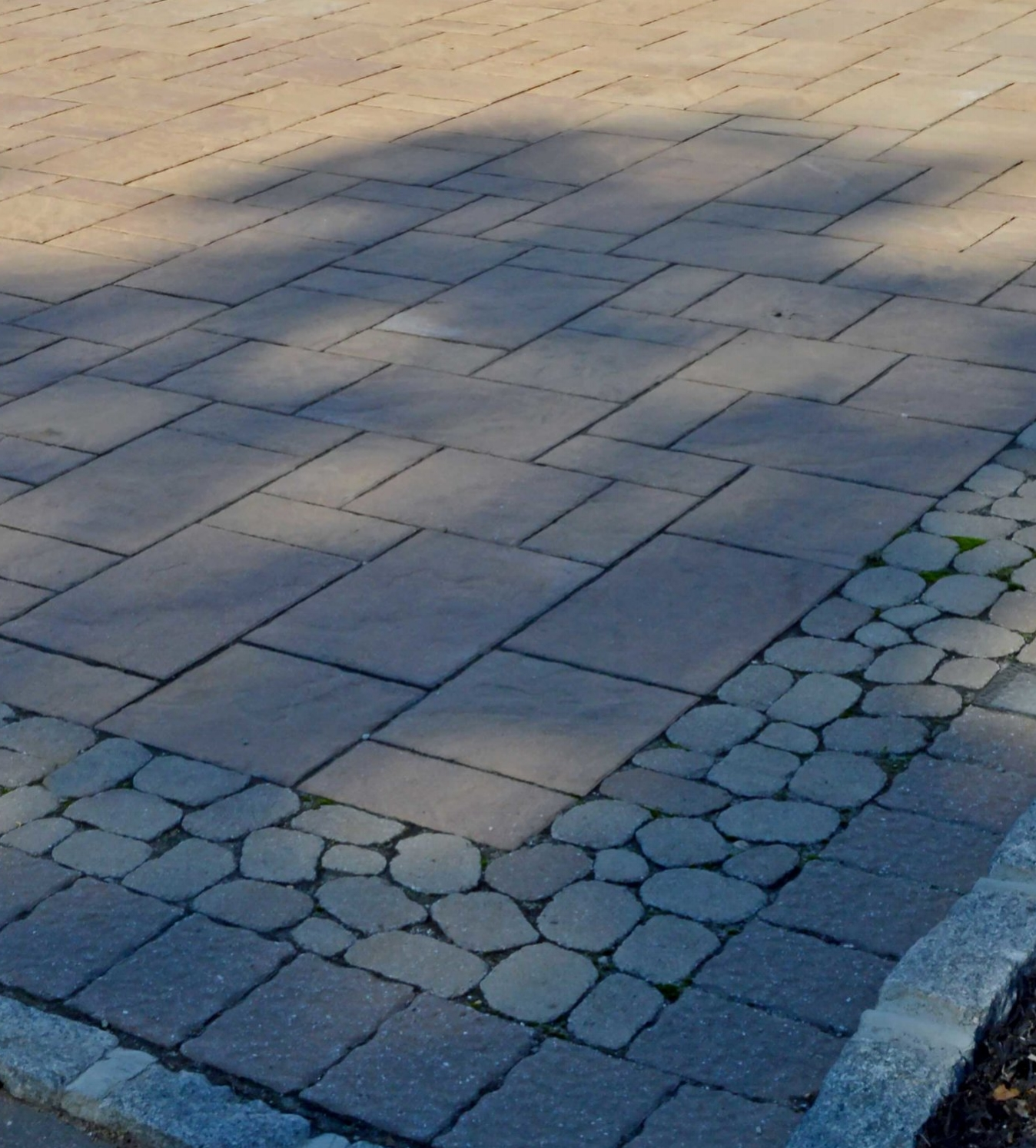 Bayville, NY concrete paver driveway