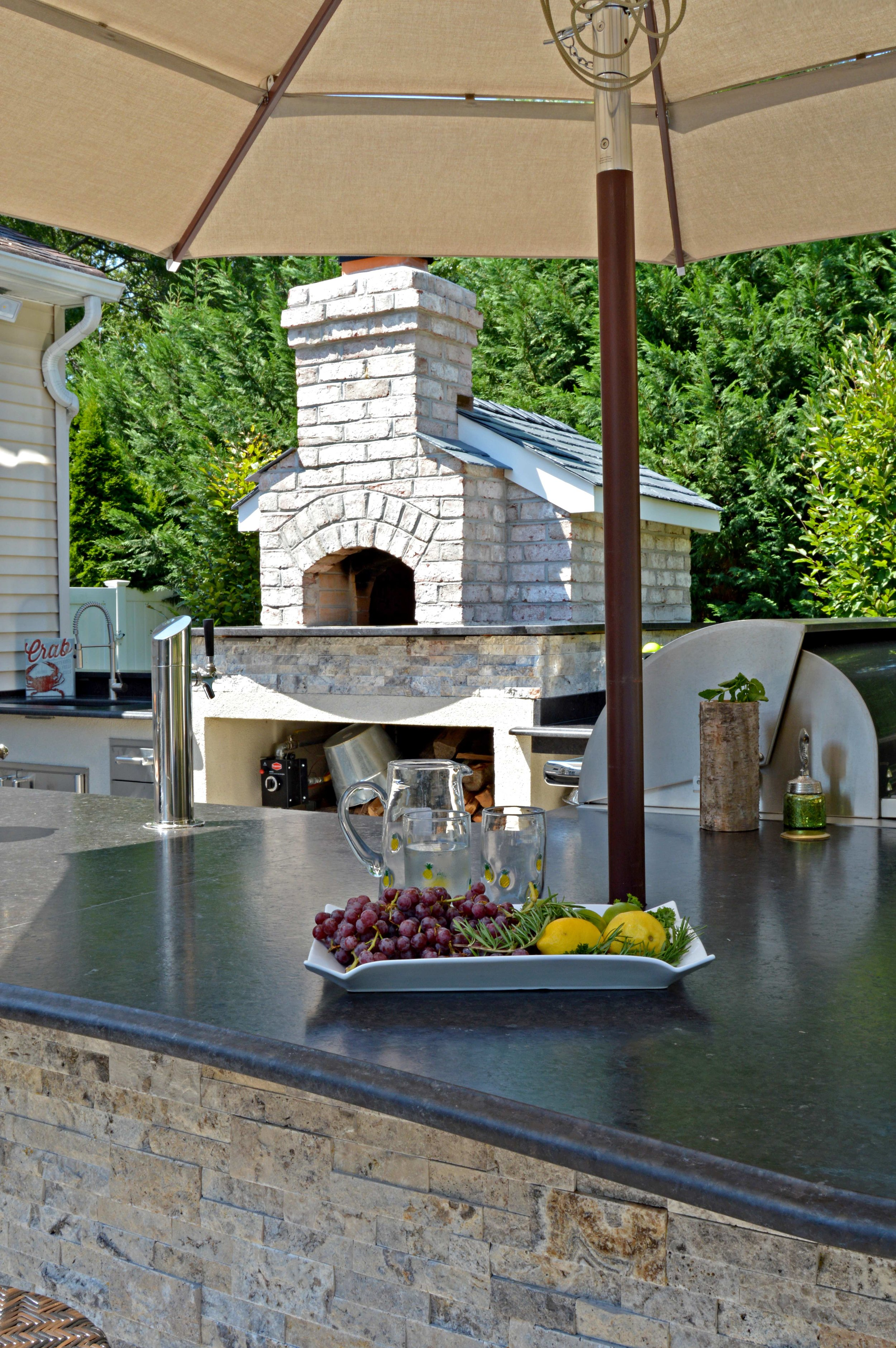 5 Stunning Outdoor Fireplace Styles for Hauppauge NY