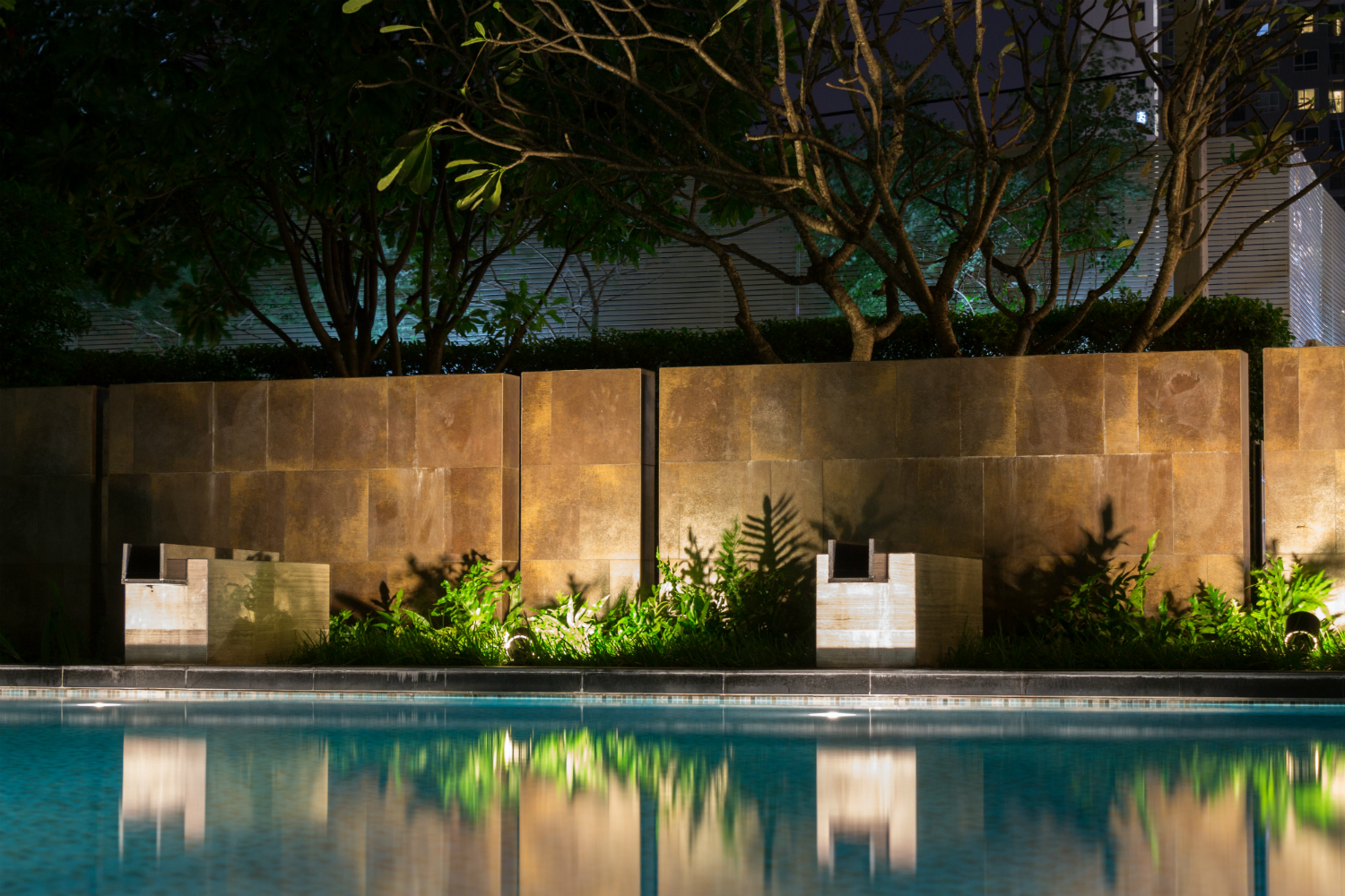 Using Landscape Lighting to Highlight Trees and Plants in your Oyster Bay, NY Home