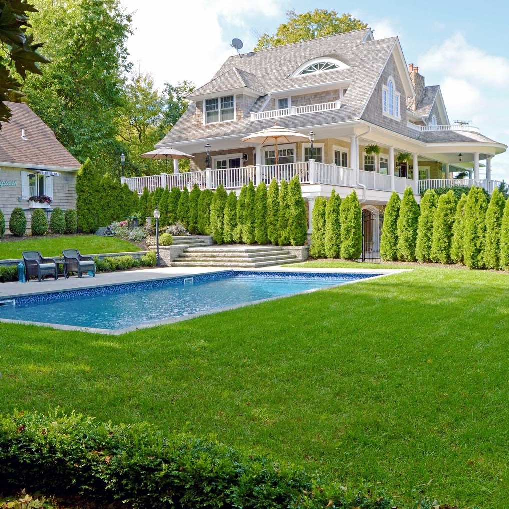 TRADITIONAL ELEGANCE - NORTHPORT, NY