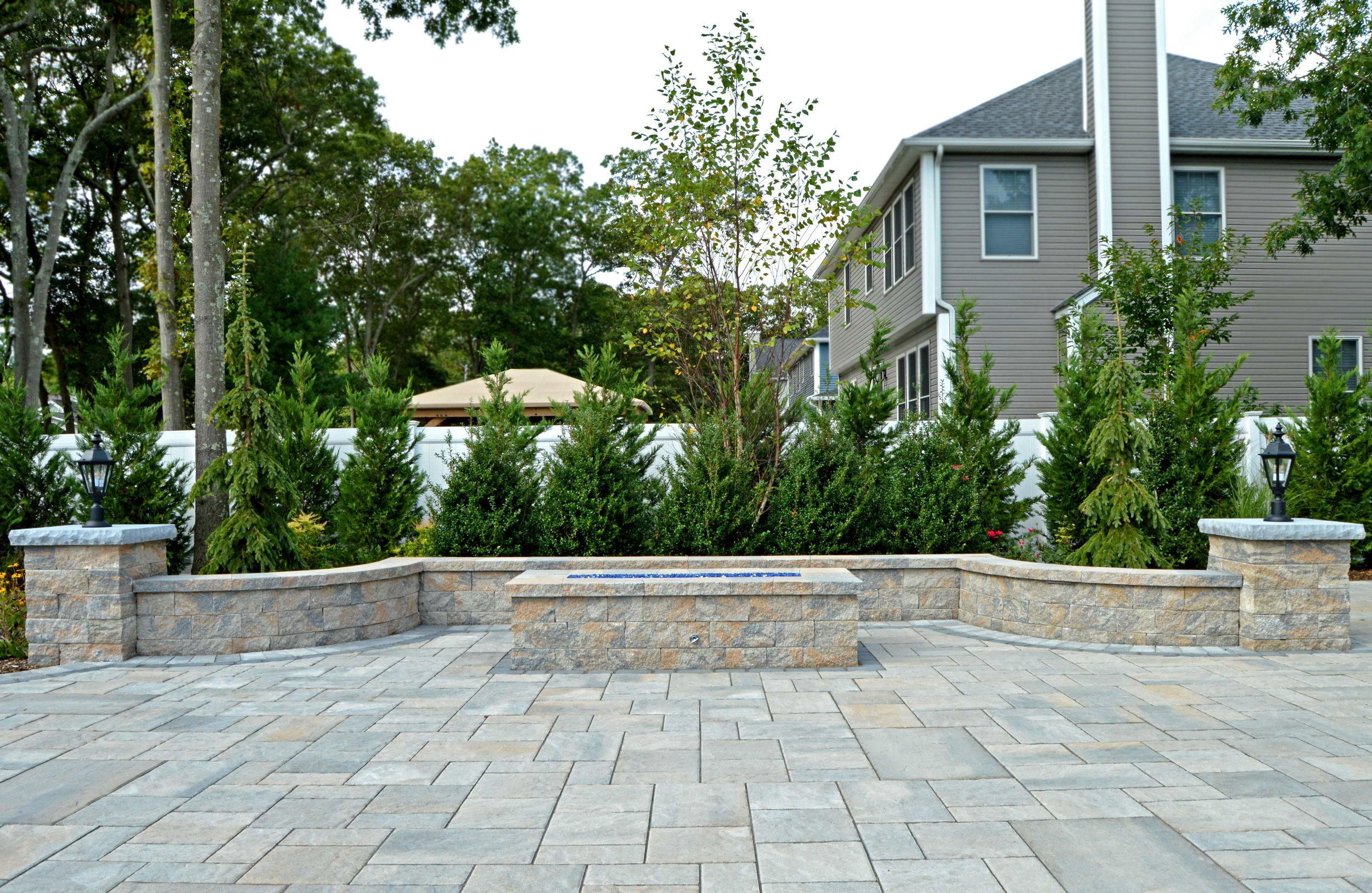Retaining wall and seating in Long Island, NY