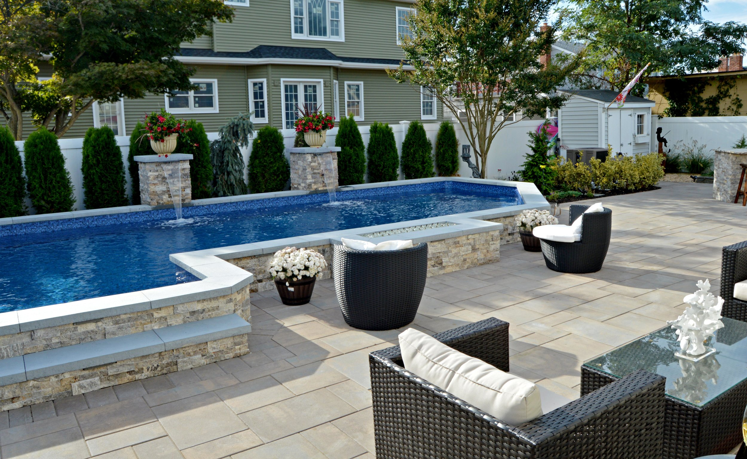 Landscape Architecture Ideas for Creating a Flexible Outdoor Space in Smithtown, NY