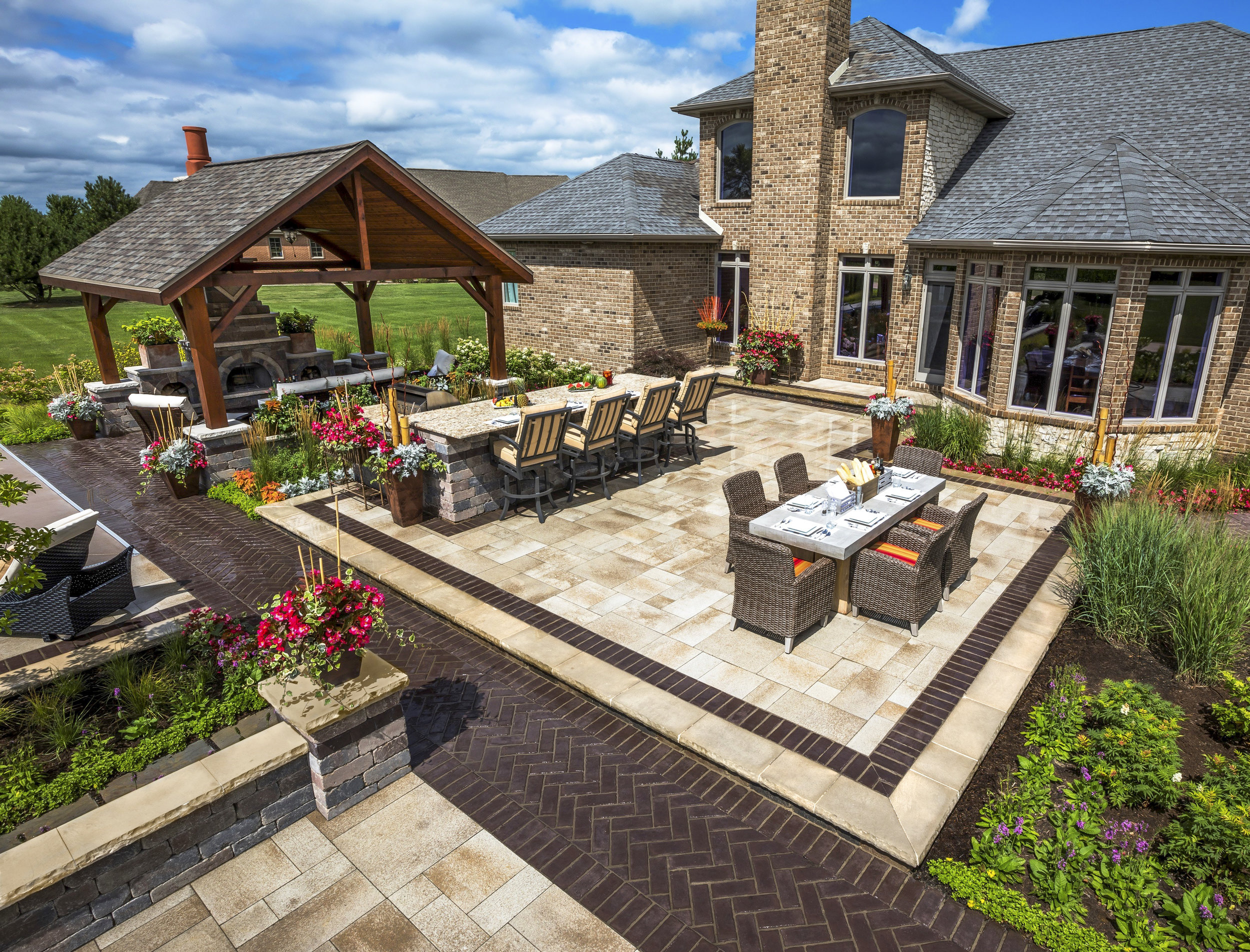 Tips for Making Your Outdoor Fireplace Even More Convenient in Massapequa Park, NY