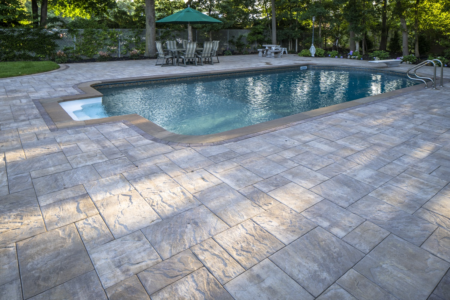Stunning swimming pool in Oyster Bay NY