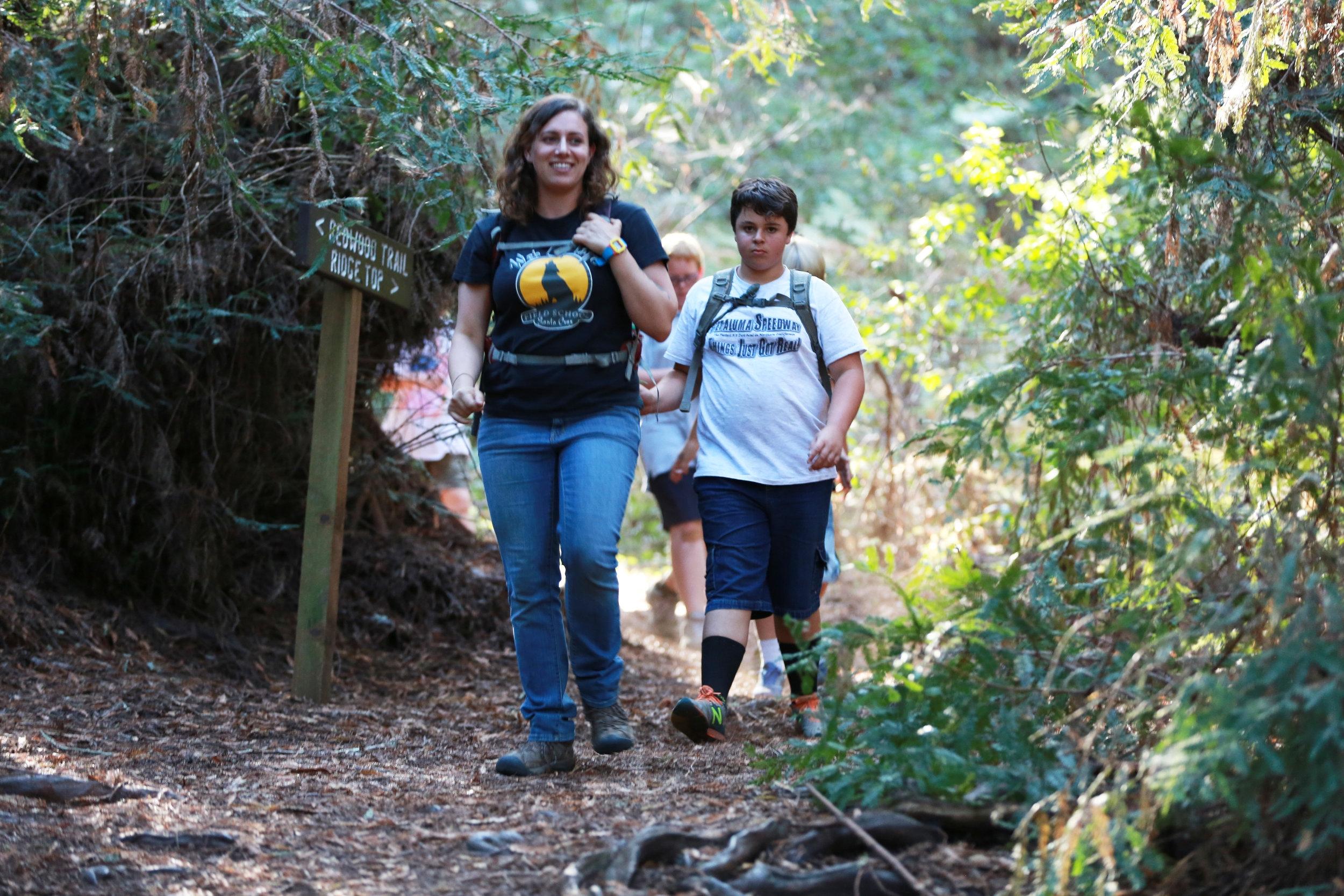 WOLF School Naturalist Leads California Outdoor Science School Trail Hike