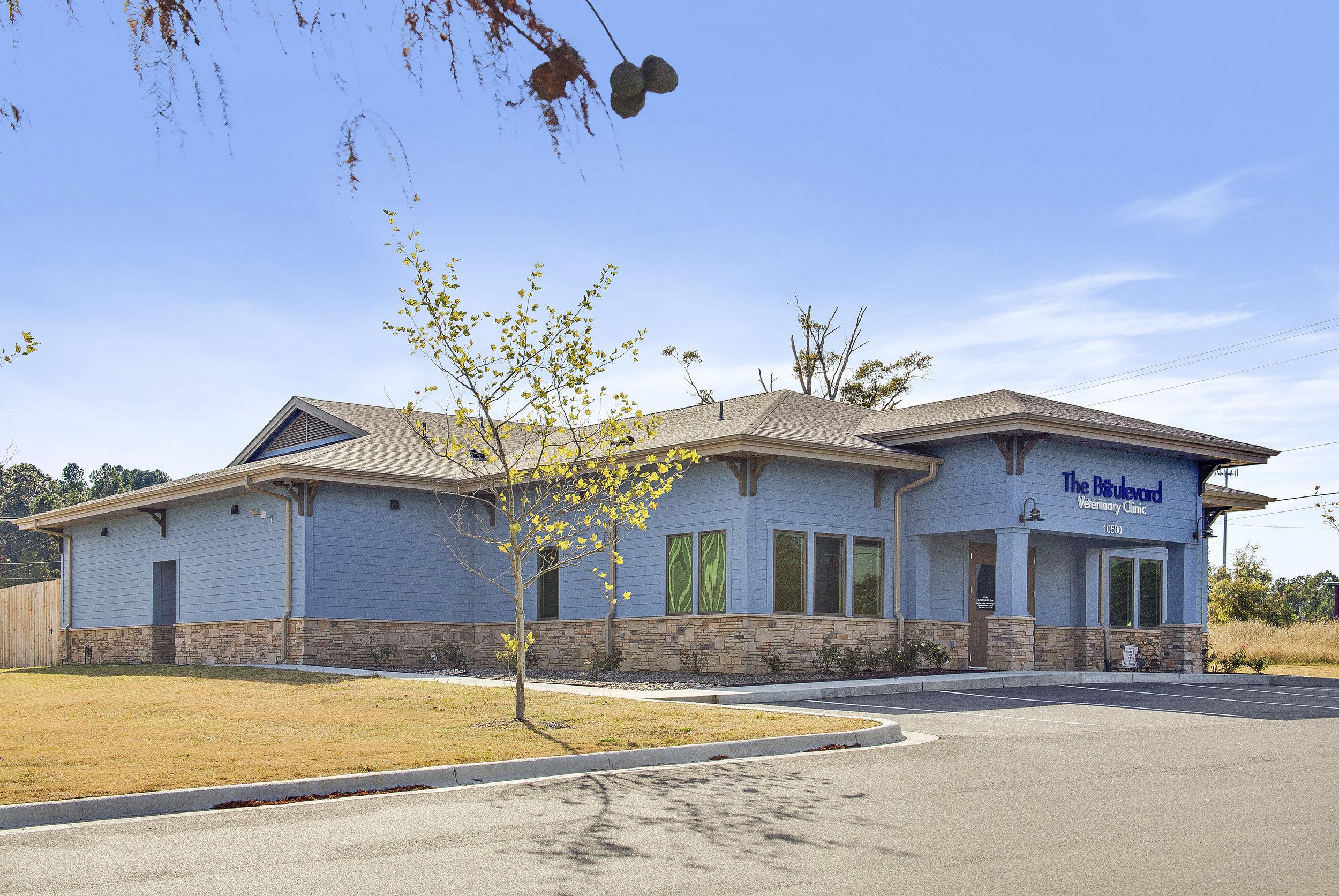 Blvd Vet Clinic NLR.jpg