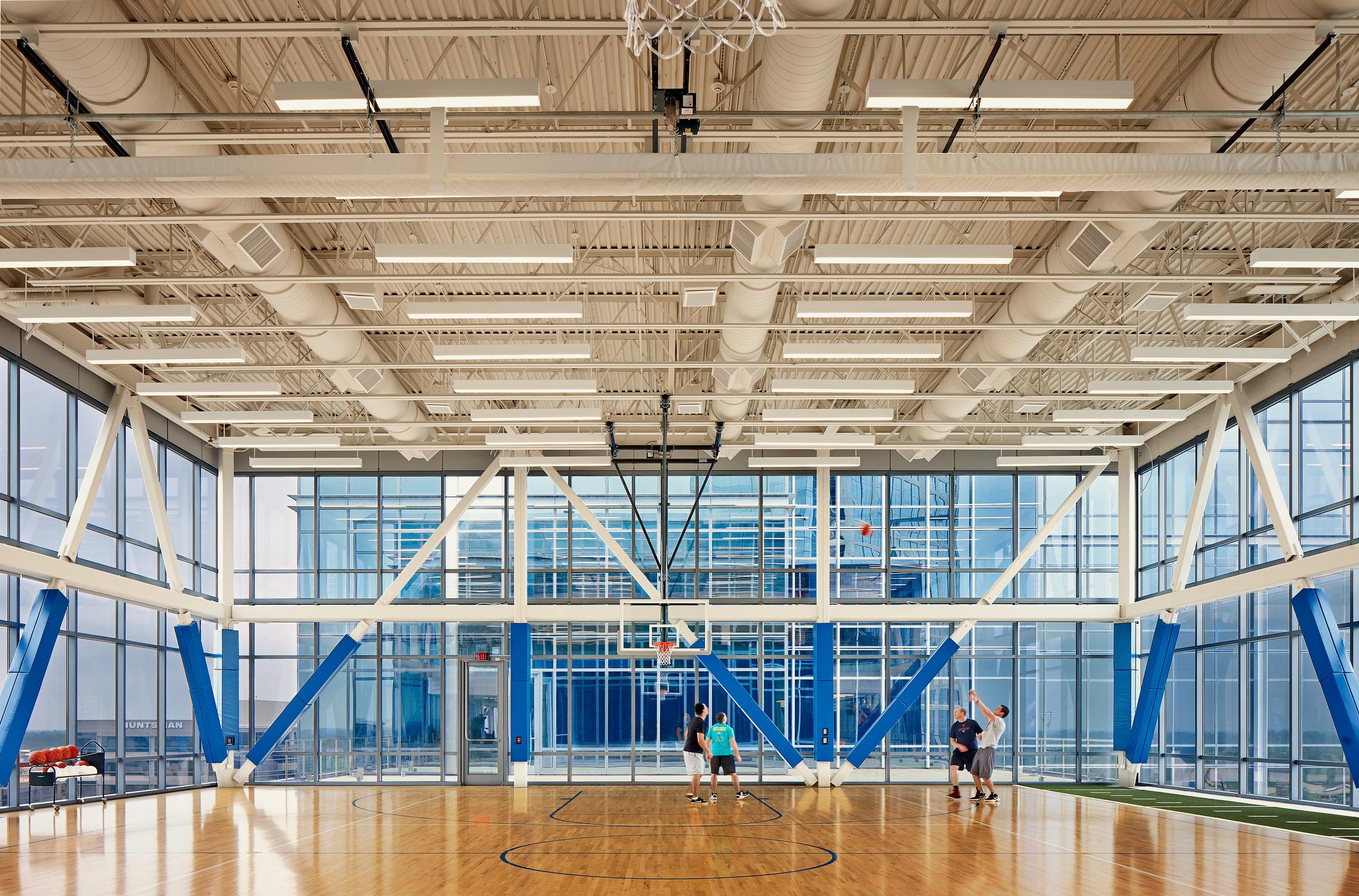 HIPHN_Anadarko Hackett Tower_Basketball Court2_140401.jpg