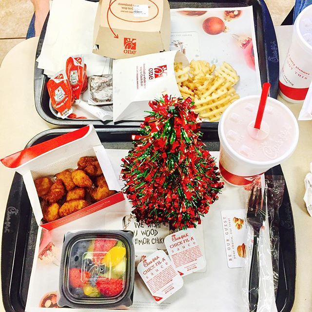 All we want for Christmas is ⬆️!! #getstealz @chickfiladtr