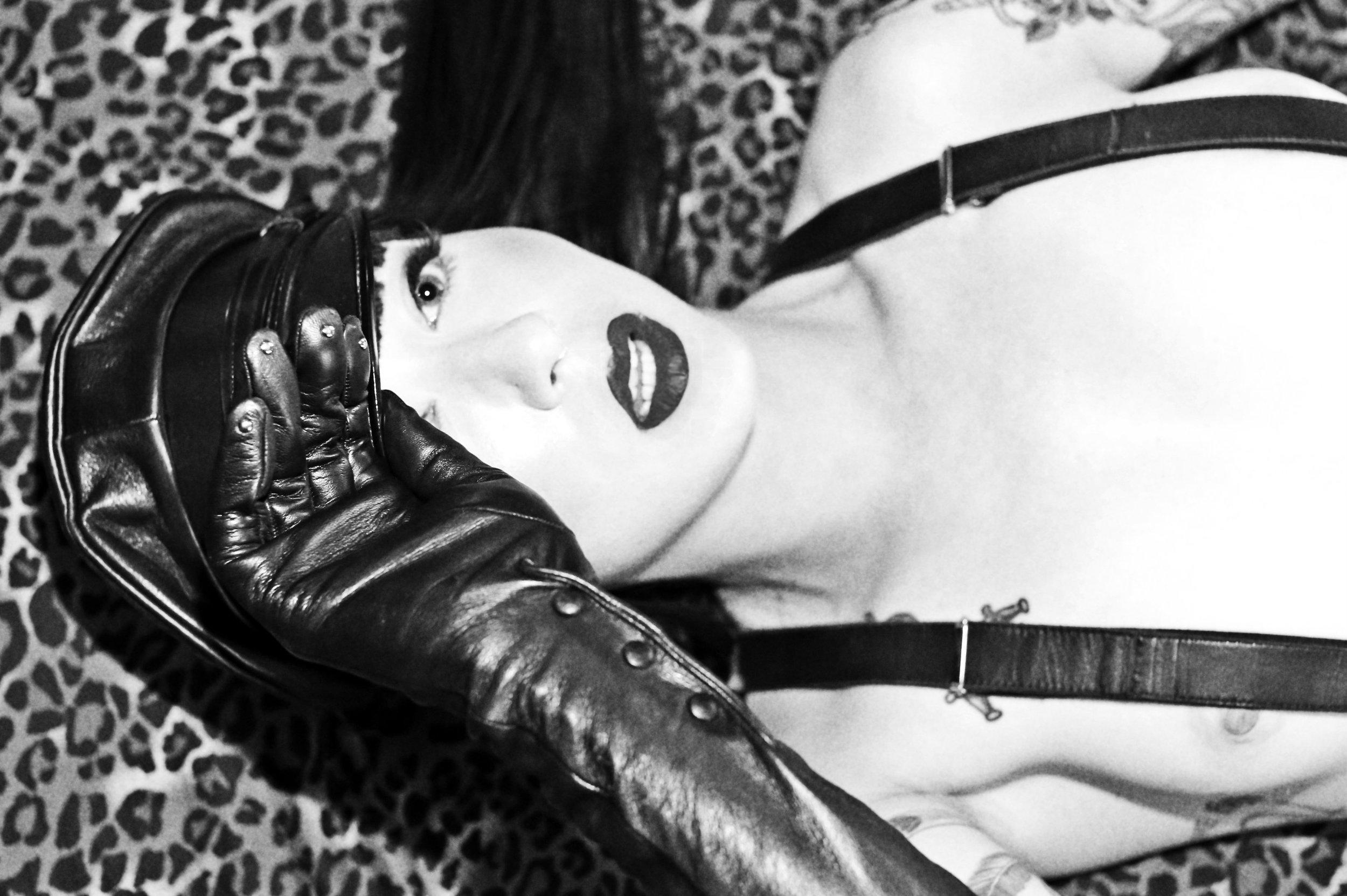 Mistress_Ramona_Leather_NightPorter_dominatrix_leather_daddy.jpeg