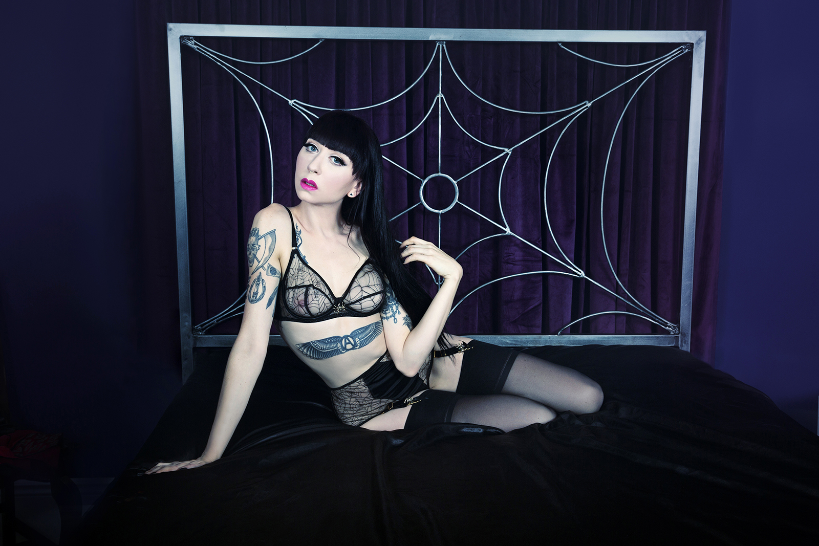Mistress_Ramona_Ryder_Halloween_Pale_Goth_Punk_SF_NYC_Japan_2.jpg