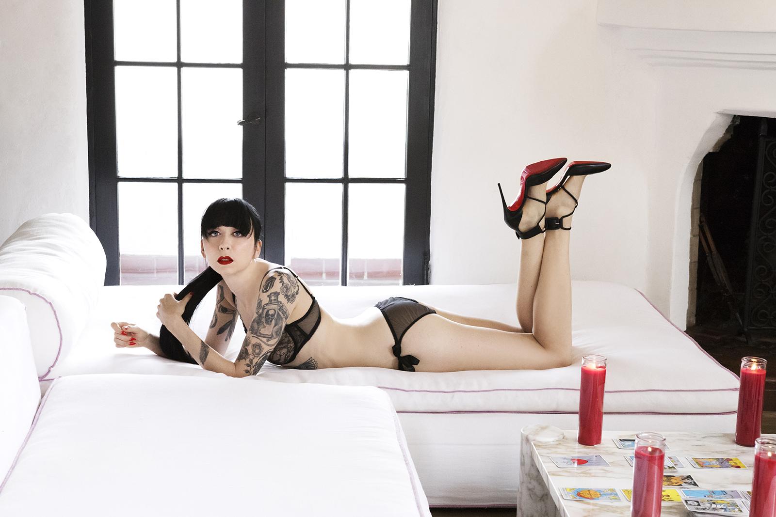Mistress_Ramona_Ryder_NYC_Chicago_Punk_Goth_Tattooed_Escort_03.jpg