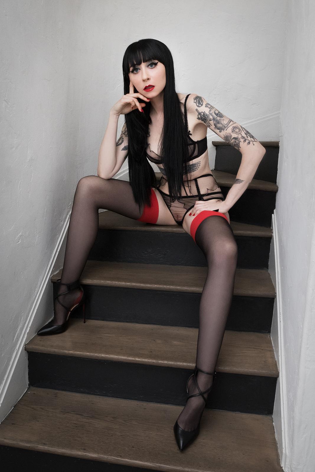 Ramona_Ryder_Companion_Escort_Model_GFE_NYC_Fly_Me_to_You_Stockings_10.jpg