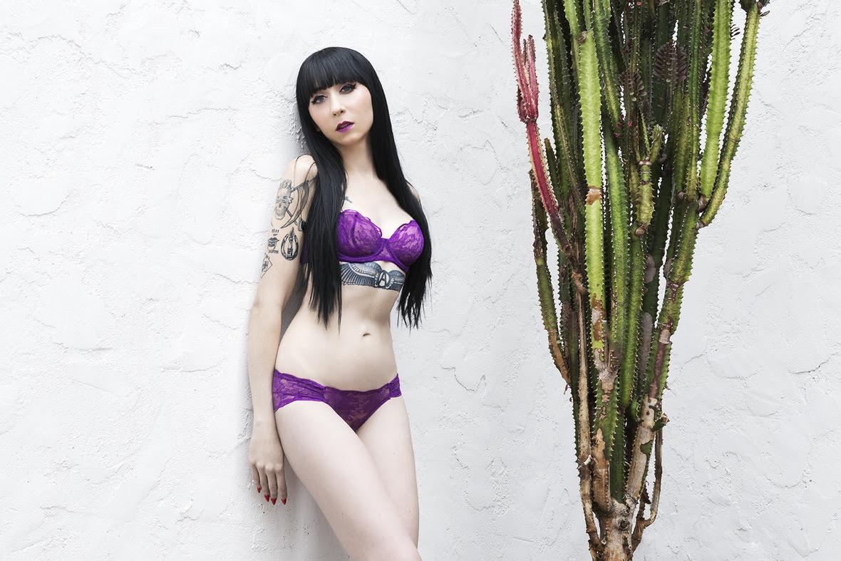 mistress_ramona_ryder_looking_good_sf_nyc_escort_purple_5.jpg