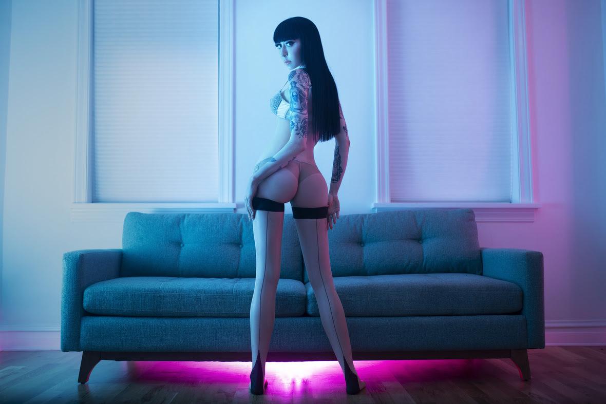 Mistress_Ramona_Ryder_SF_San_Francisco_Escort_Dominatrix_Domme_Goth_Punk_Rates_02.jpg