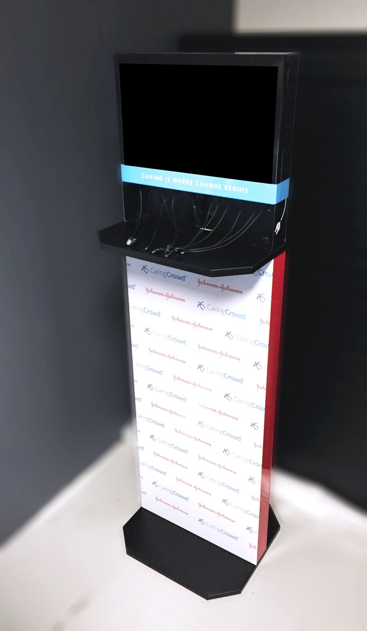 cell-hone-charging-stations-flexs-healthcare.jpg