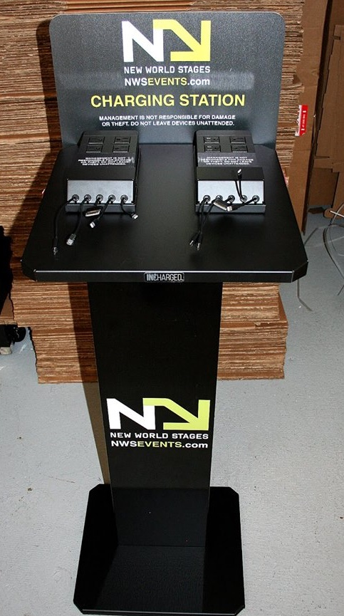 cell-phone-charging-station-powermethod-arena.jpg