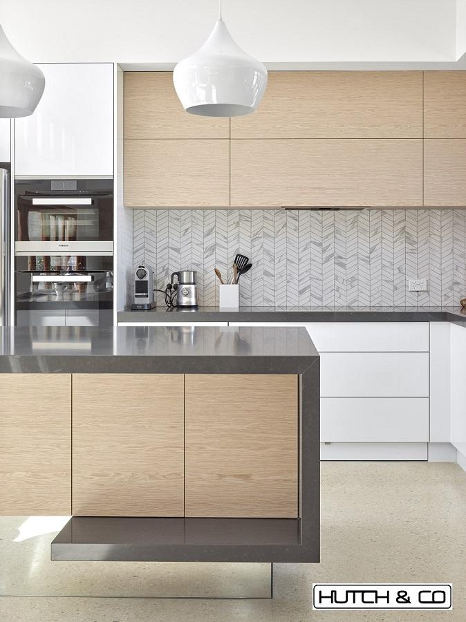 mirrored floating island kitchen