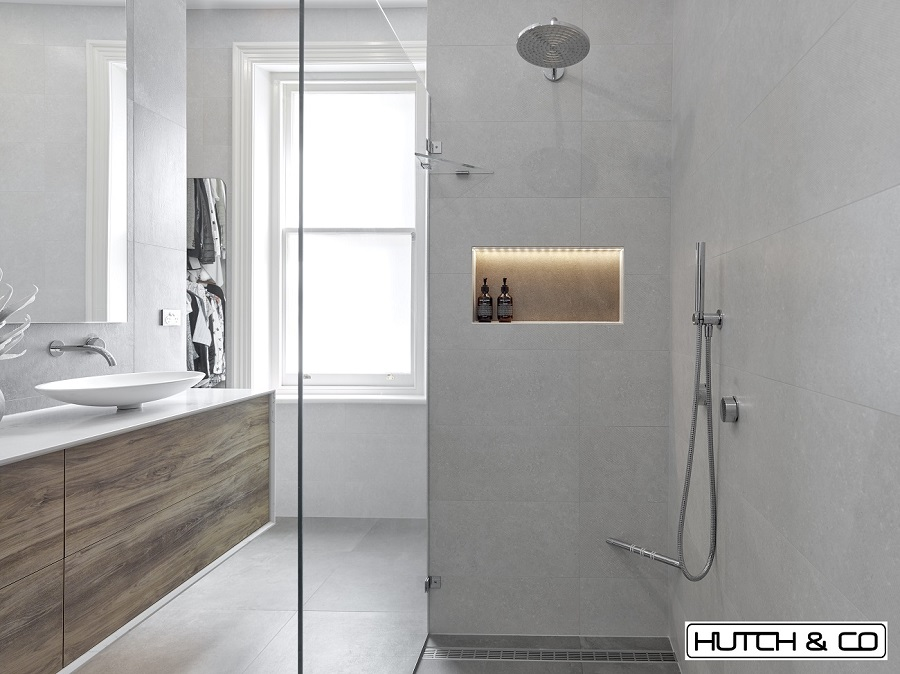LED bathroom niche