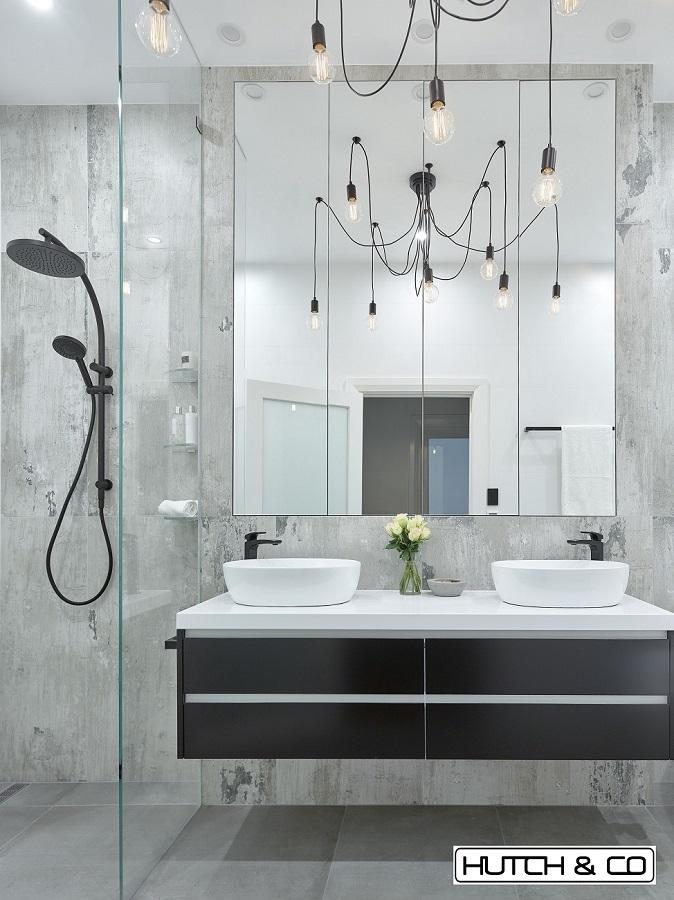 feature vanity lighting
