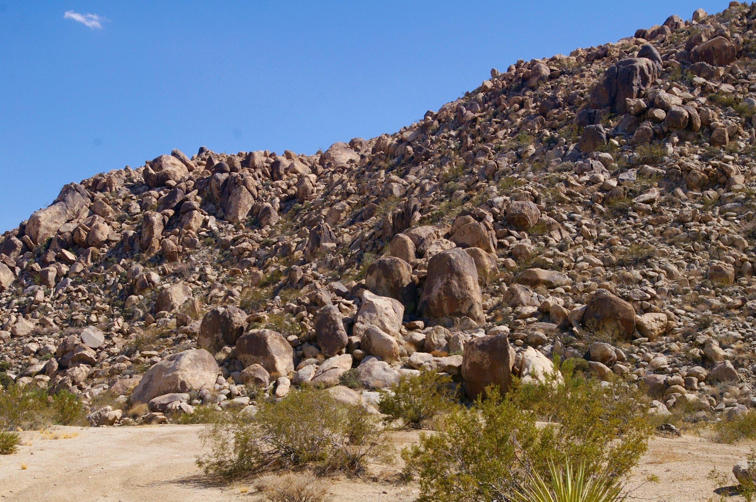 border-boulders.jpg