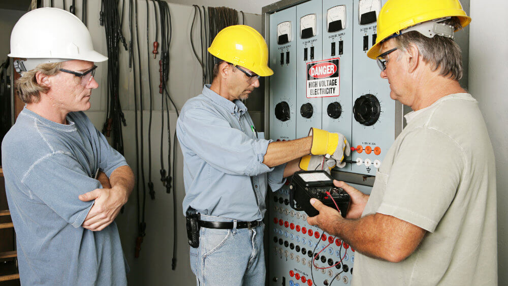 services-electrical-contracting-3-men.jpg