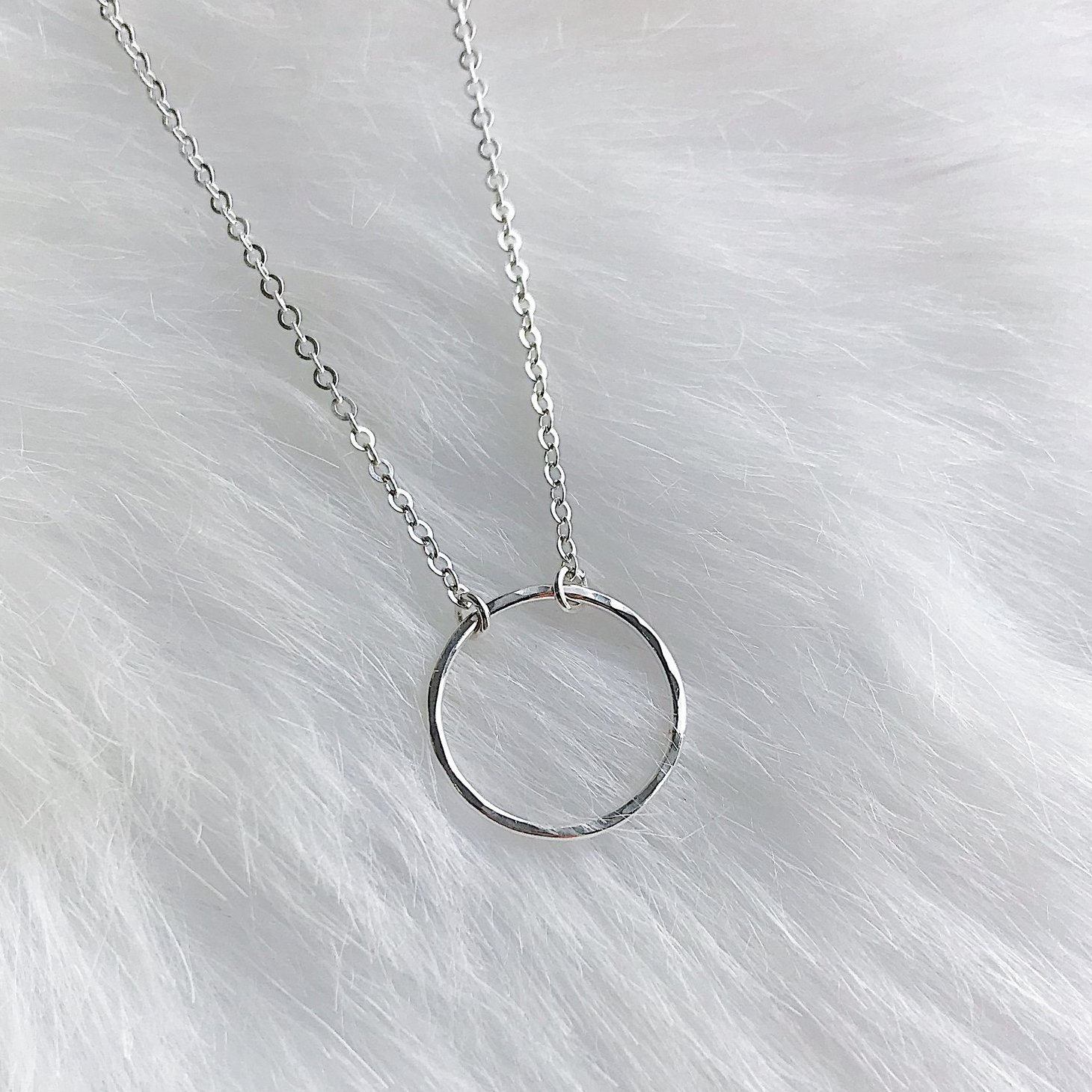 Jewels By SJB - Circle Necklace (Silver) - This circle choker is my all time favourite necklace, I just love how minimal yet beautiful it is! You can choose to wear it on it's own or layer it with some other beautiful pieces from the Jewels By SJB range.(CODE: 'THRIVINGONPLANTS' for 10% OFF)