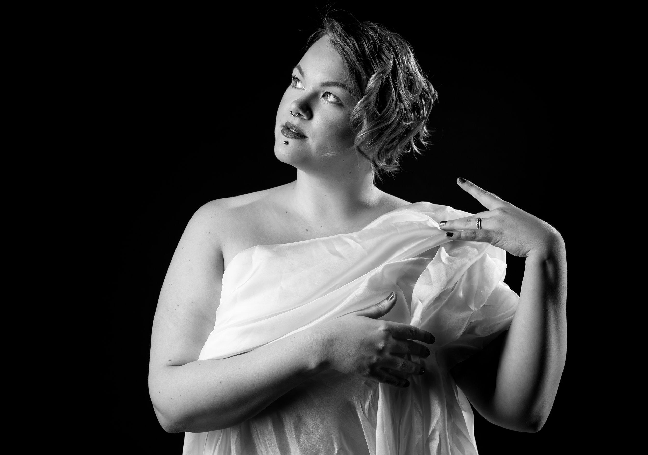 Malli: Tytti Shemeikka /Body Love -projekti