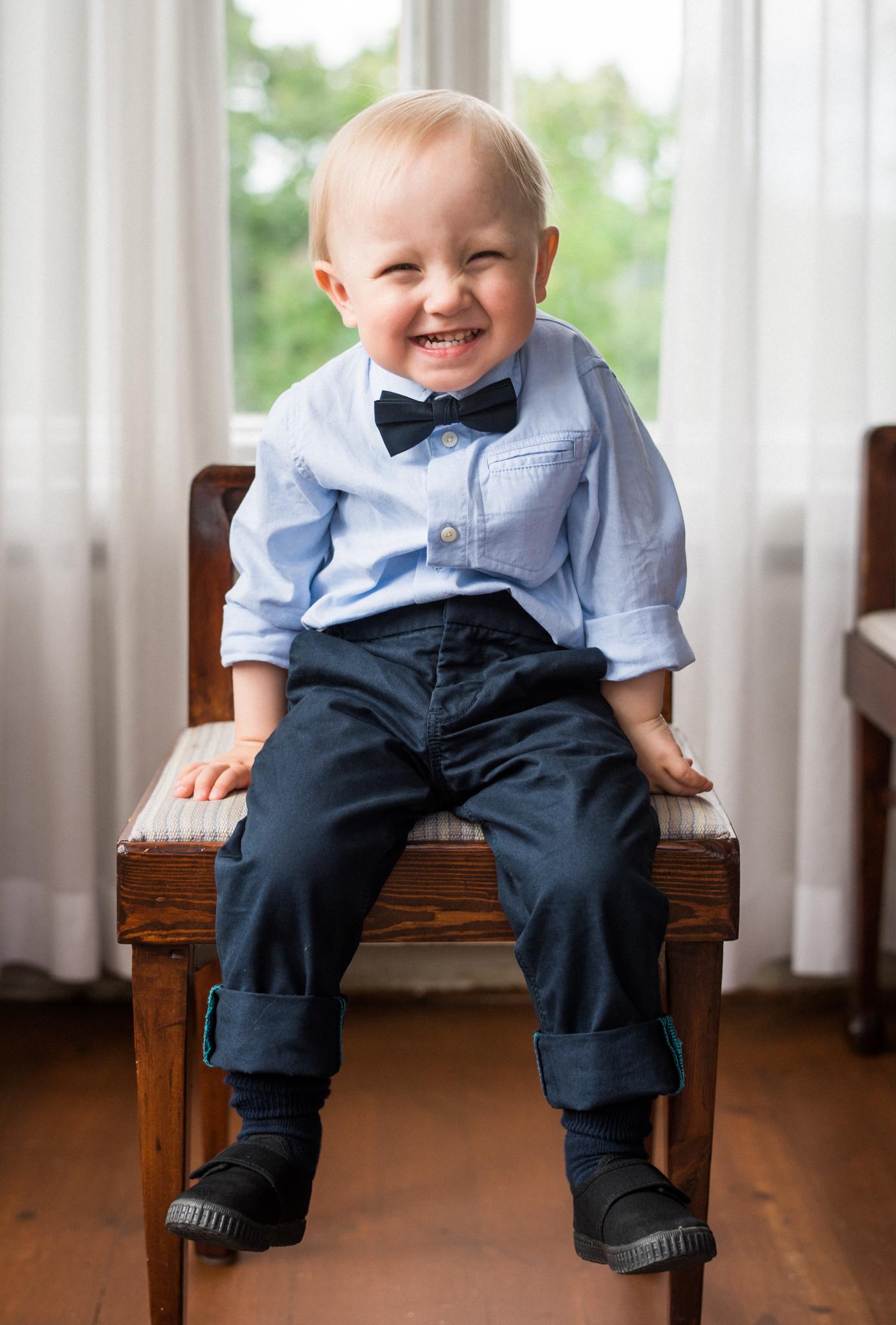 Emilin 2-vuotis syntymäpäiväpotretti