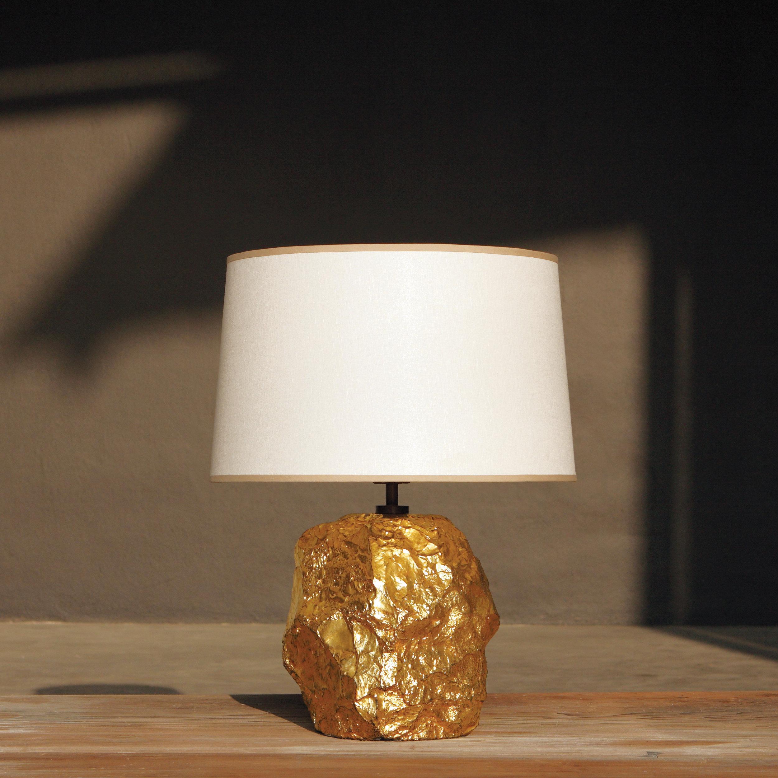 alexander_lamont_cornice_table_lamp_MG_3641.JPG