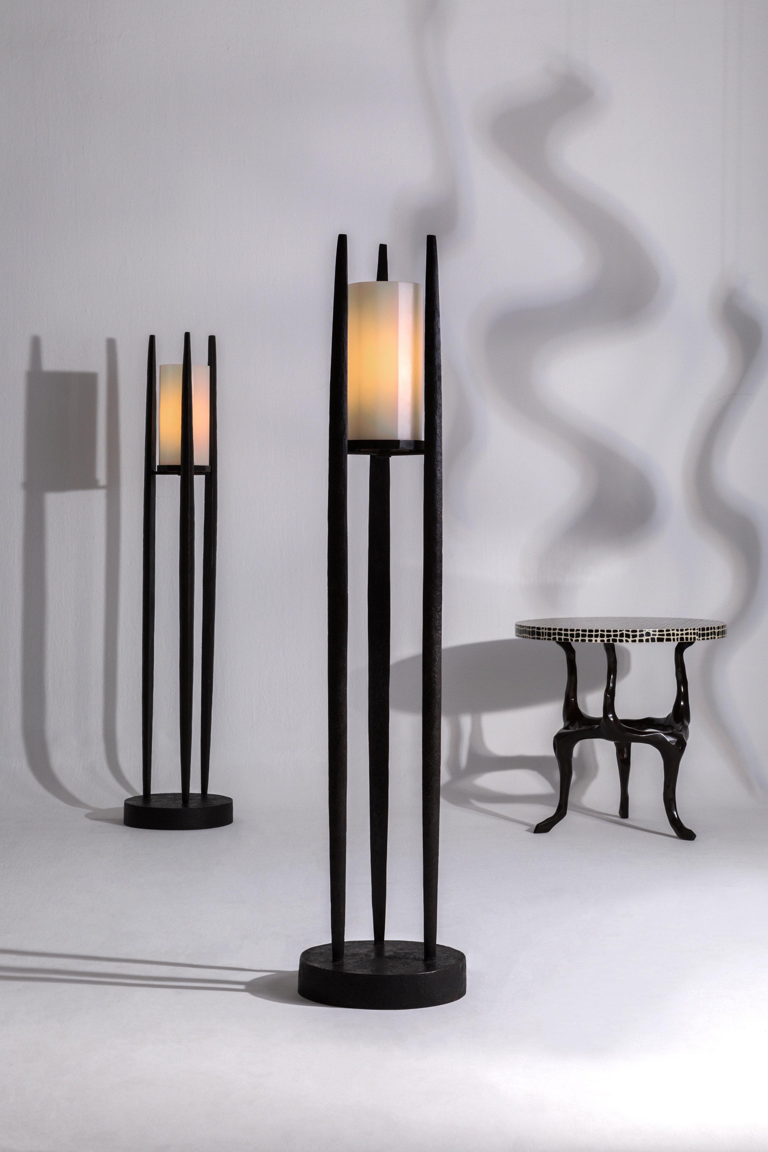 Alexander_Lamont_Lucio_Floor_Lamp_bronze_whitejade_Peking_Glass_MSS_0997.jpg