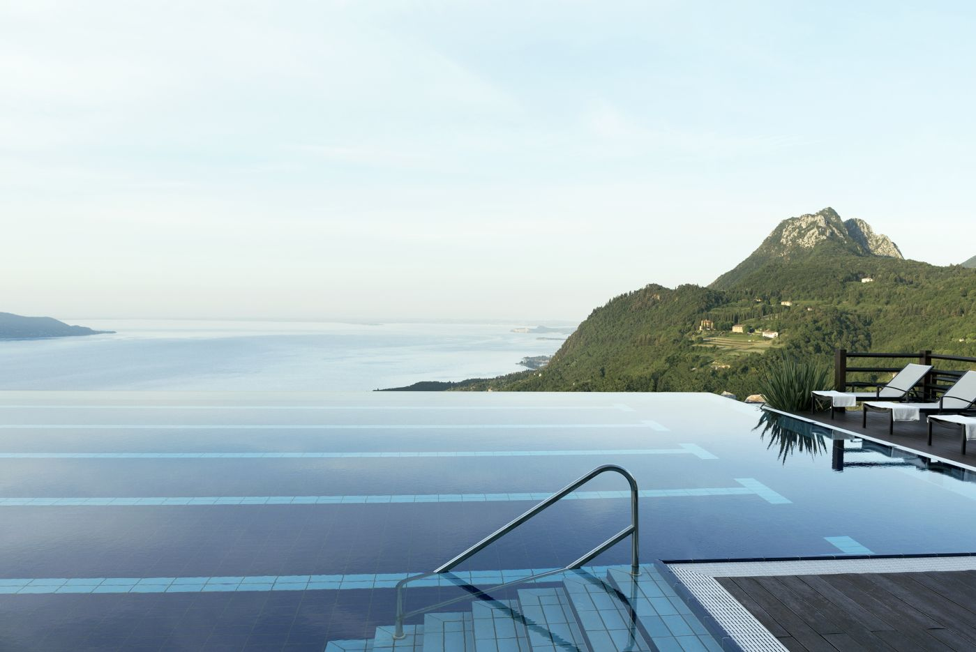 Lefay swimming pool.jpg