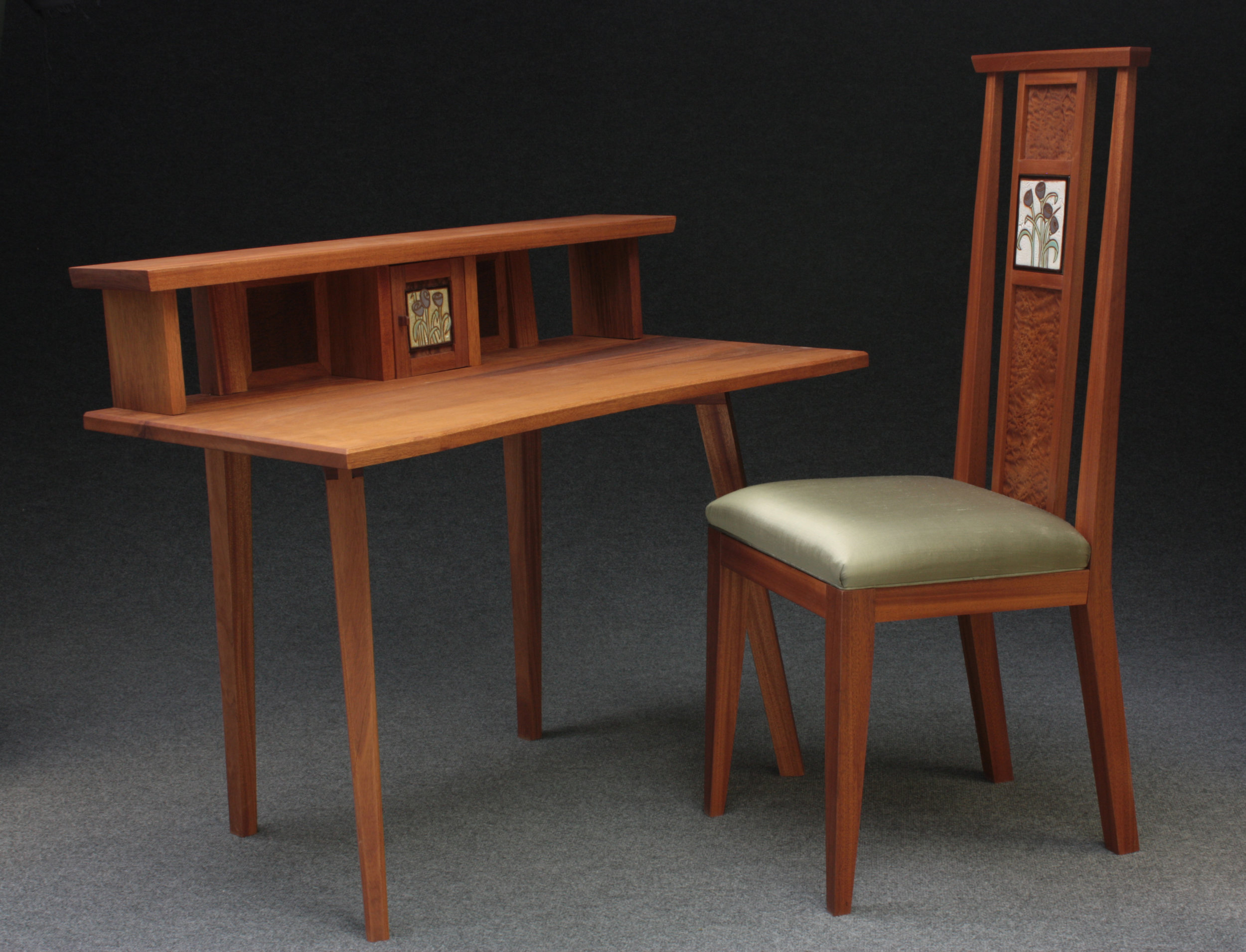 Desk and Chair.jpg